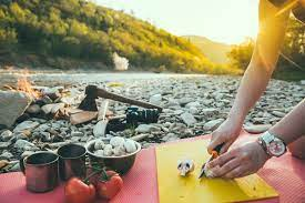 Read more about the article Eating Healthy While Camping